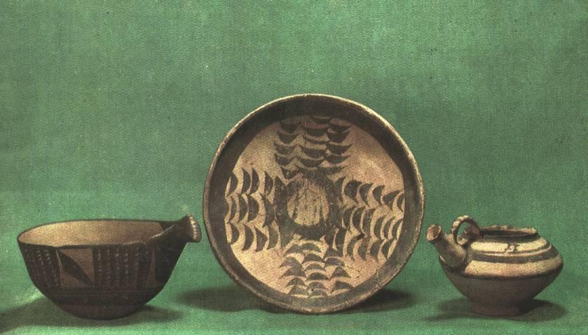 http://www.hartford-hwp.com/image_archive/ue/pottery03.jpg